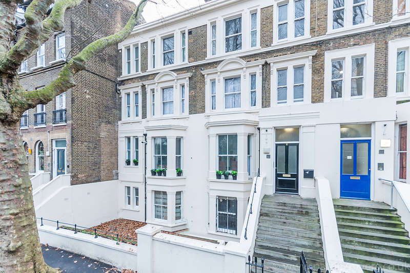 3 Bedrooms Apartment Flat for sale in Brunswick Park, , SE5