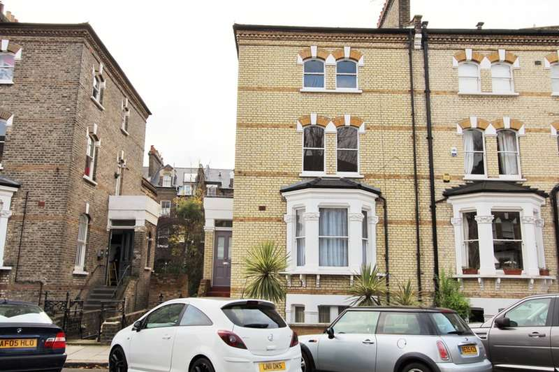 3 Bedrooms Maisonette Flat for sale in Edith Road, Bounds Green, London, W14