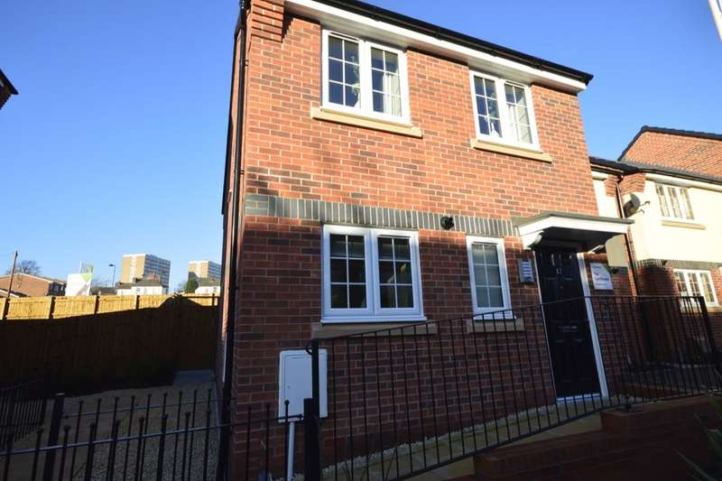 3 Bedrooms Semi Detached House for sale in Lyme Gardens Commercial Road, Stoke-On-Trent, ST1