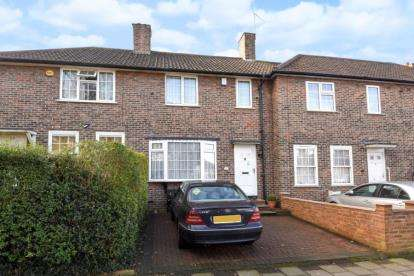 2 Bedrooms Terraced House for sale in St. Keverne Road, London
