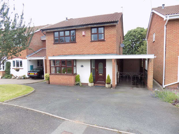 4 Bedrooms Property for sale in DUDLEY, West Midlands, DY3