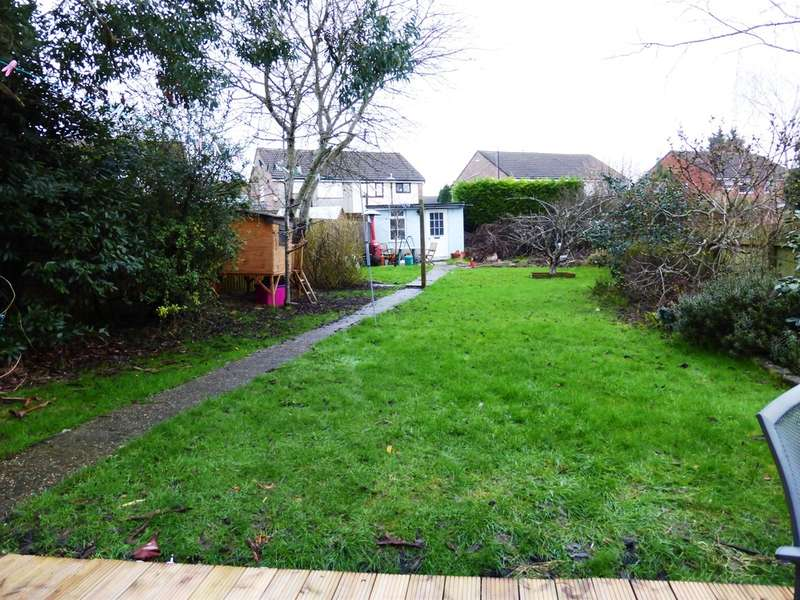 3 Bedrooms Semi Detached House for sale in Powys Place, Dinas Powys