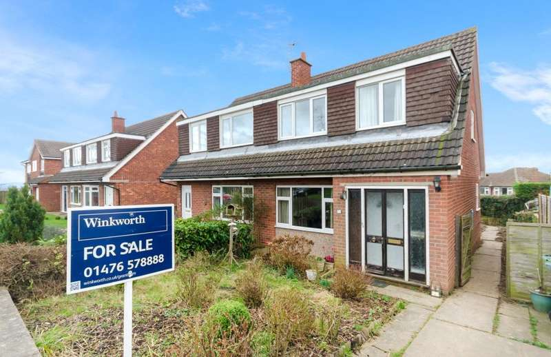 3 Bedrooms Semi Detached House for sale in Vernon Avenue, Gonerby Hill Foot, Grantham, NG31