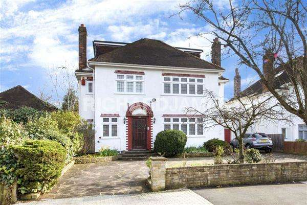 6 Bedrooms Detached House for sale in Millway, Mill Hill