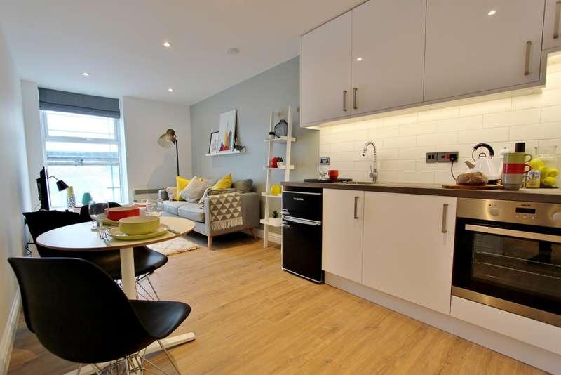 1 Bedroom Flat for sale in Chapel Road, Worthing, BN11