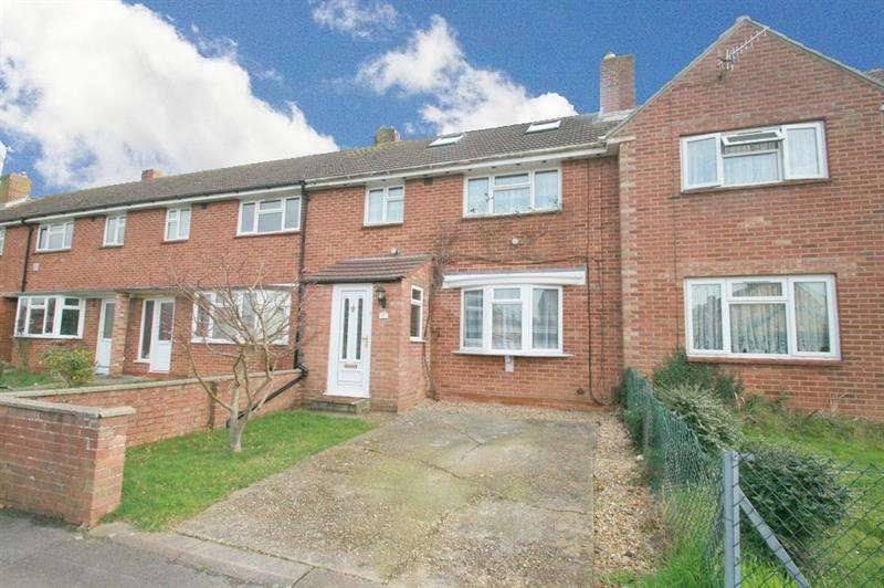 4 Bedrooms Terraced House for sale in Linkenholt Way, Havant