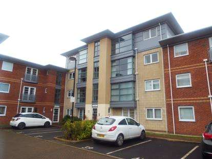 2 Bedrooms Flat for sale in Hollinshead House, Bailey Avenue, Lytham St. Annes, Lancashire, FY8