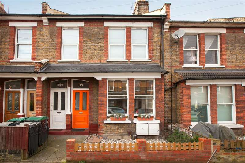 2 Bedrooms Flat for sale in St. John's Road, London