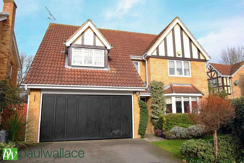 4 Bedrooms Detached House for sale in Mylne Close, West Cheshunt