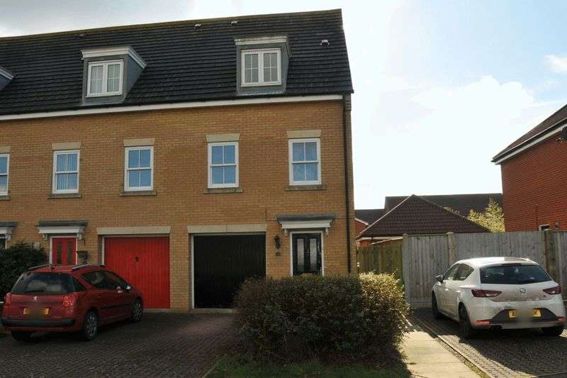 4 Bedrooms Terraced House for sale in Windsor Park Gardens, Norwich