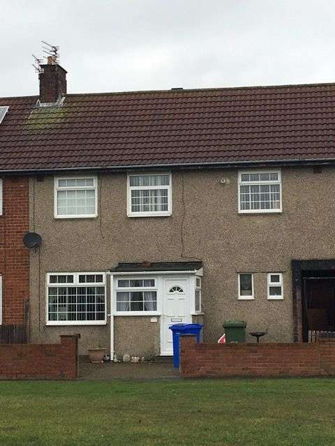 4 Bedrooms Semi Detached House for sale in Eskdale Avenue, Blyth