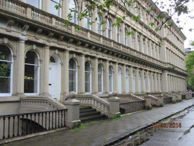 3 Bedrooms Flat for rent in Grosvenor Terrace, Kelvinside, Glasgow