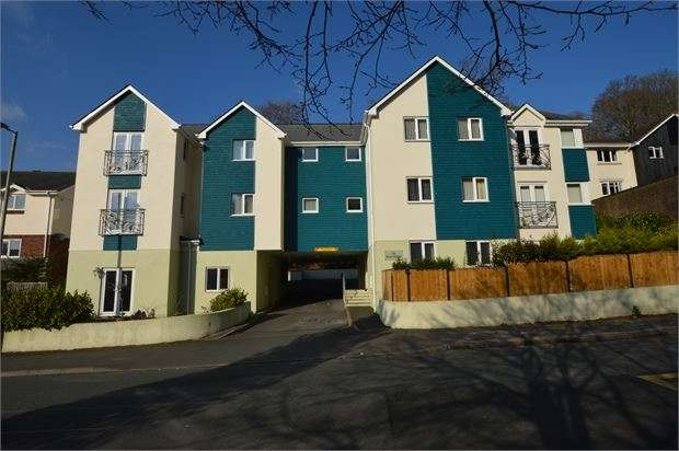 1 Bedroom Apartment Flat for sale in St Marychurch Road, Milber, Newton Abbot, Devon. TQ12 4BU