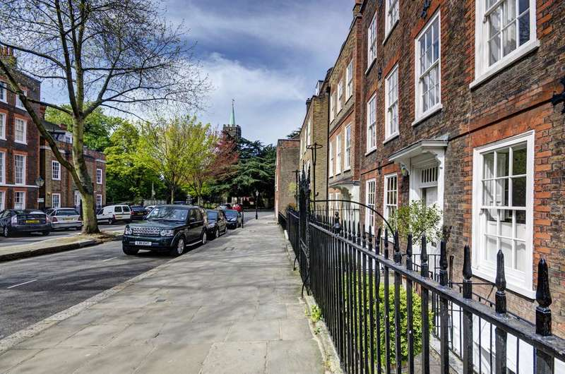 6 Bedrooms Terraced House for sale in CHURCH ROW, HAMPSTEAD VILLAGE, LONDON NW3