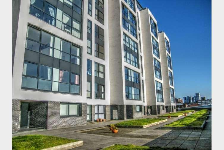 2 Bedrooms Flat for rent in Stobcross Street, Finnieston, Glasgow, G3 8GJ