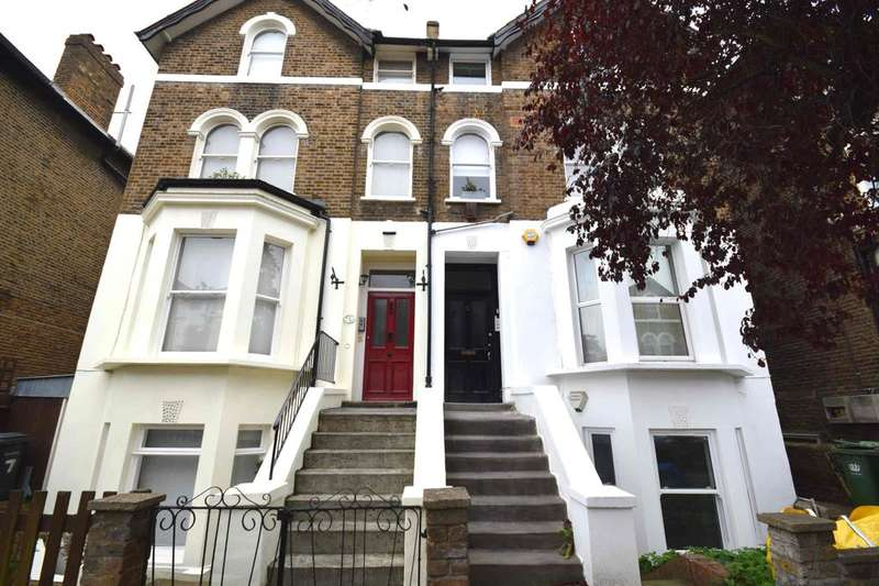 2 Bedrooms Flat for sale in Mount Pleasant Road, Lewisham, SE13
