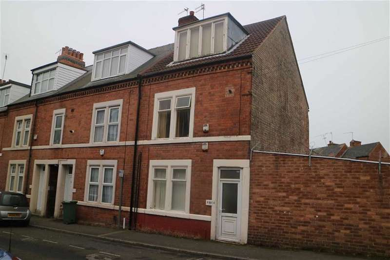 3 Bedrooms End Of Terrace House for sale in 41/41a, Chaucer Street, Mansfield, Notts, NG18