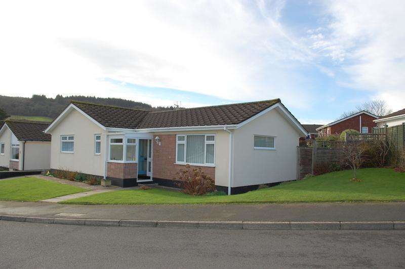 3 Bedrooms Detached Bungalow for sale in Paganel Way, Minehead TA24