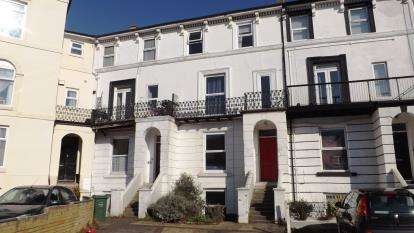 2 Bedrooms Flat for sale in 117 Clarendon Road, Southsea, Hampshire