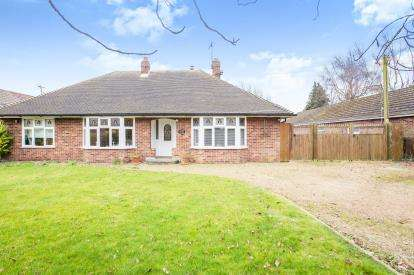 4 Bedrooms Bungalow for sale in Southery, Downham Market, Norfolk