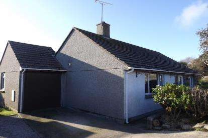 2 Bedrooms Bungalow for sale in Ruan Minor, Helston, Cornwall
