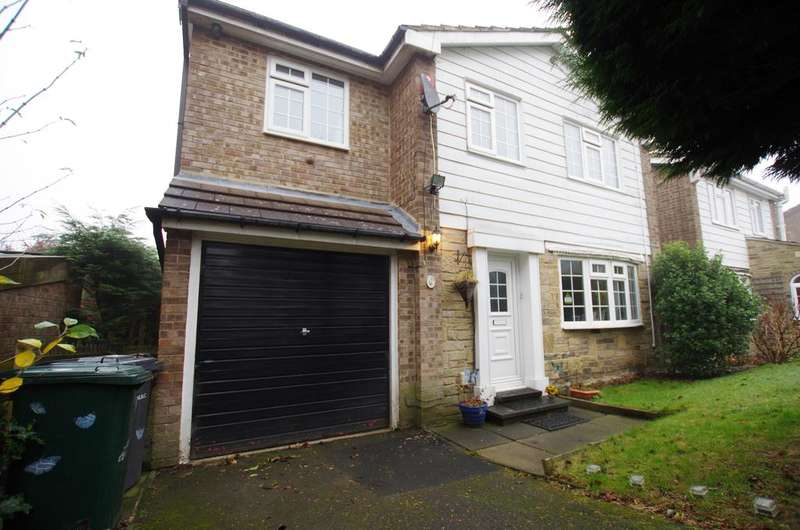3 Bedrooms Detached House for sale in Haworth Grove, Bradford, BD9