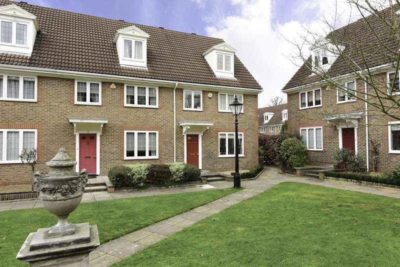 4 Bedrooms End Of Terrace House for sale in Stafford Square, WEYBRIDGE kt13