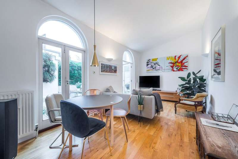 3 Bedrooms Terraced House for sale in Mortimer Road, London N1