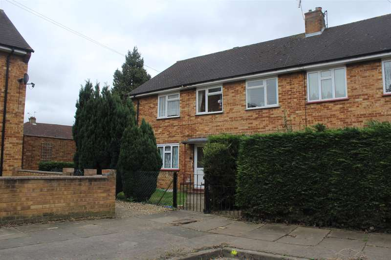 2 Bedrooms Maisonette Flat for sale in Peggotty Way, Uxbridge, Middlesex, UB8