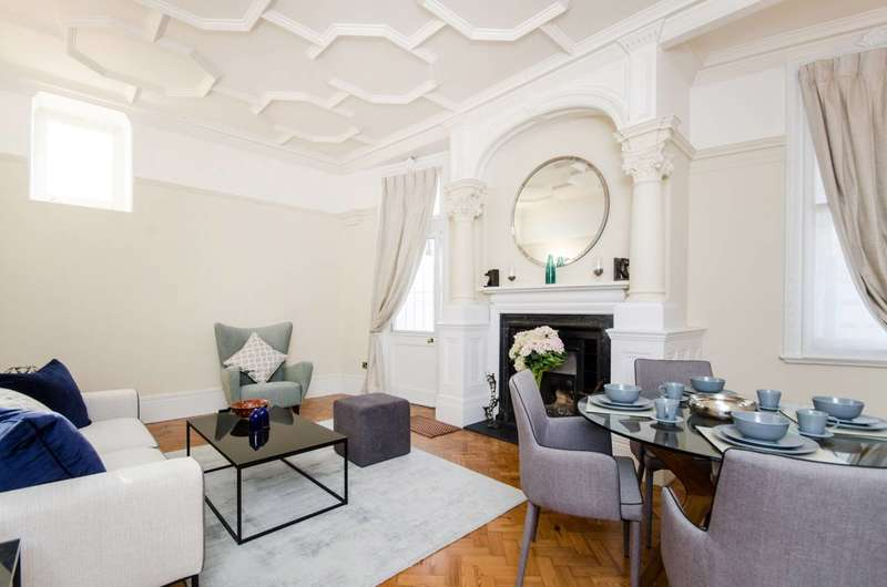 2 Bedrooms Flat for sale in Langham Mansions, Earls Court, SW5