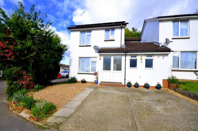 4 Bedrooms Link Detached House for sale in The Mount, Ringwood, BH24 1XZ