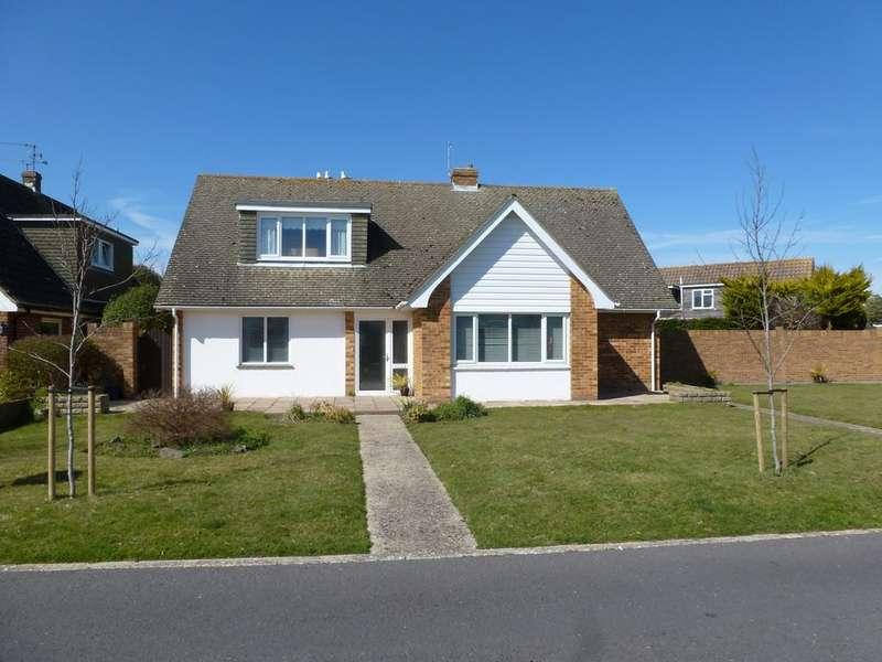 4 Bedrooms Detached House for sale in Regis Avenue, Aldwick Bay Estate, Aldwick, Bognor Regis PO21