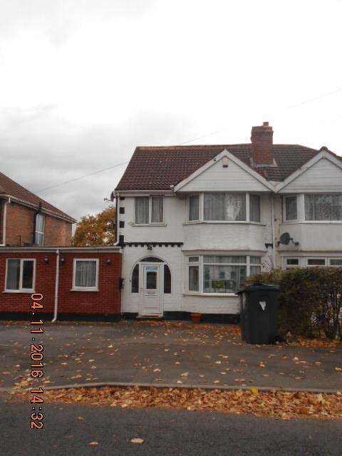 4 Bedrooms Semi Detached House for sale in Francis Road, Stechford, Birmingham B33