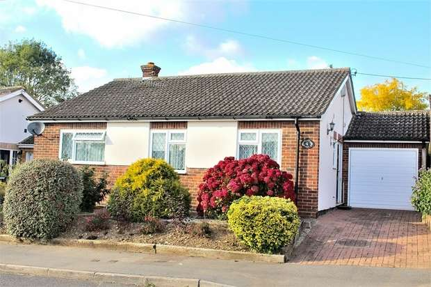 3 Bedrooms Detached Bungalow for sale in Great Dunmow, Essex