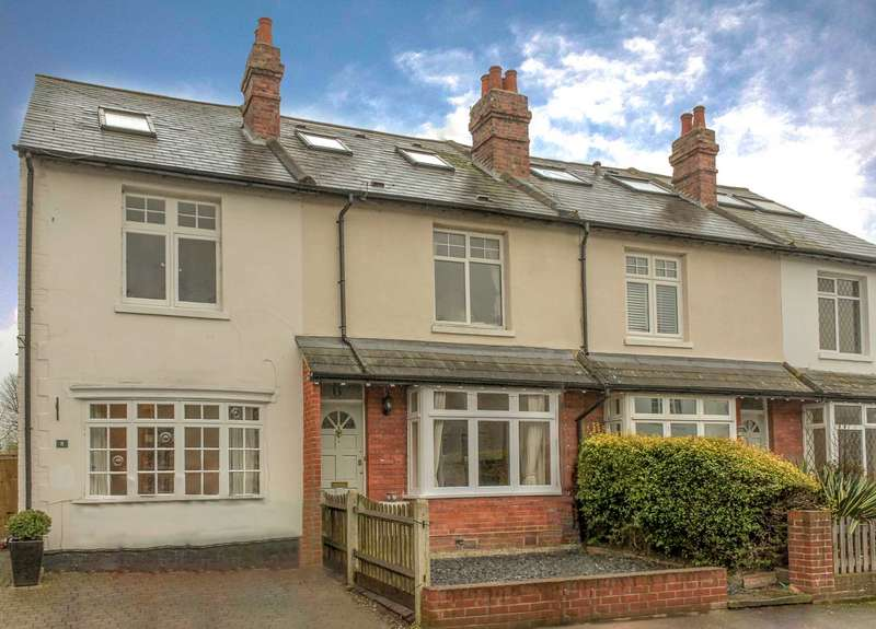4 Bedrooms Terraced House for sale in Alexandra Road, Thames Ditton - Open Day Saturday 29th of April 10am - 1pm