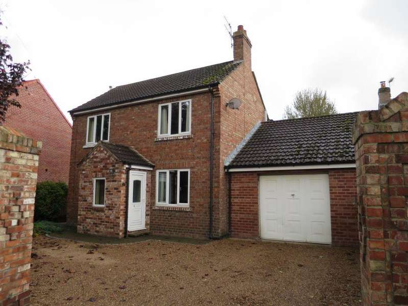 4 Bedrooms Detached House for sale in 66 Scarborough Road, Norton, YO17 8AE