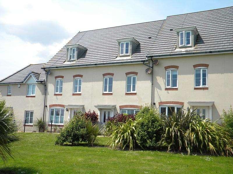 5 Bedrooms Town House for sale in groombridge walk, Eastbourne BN22