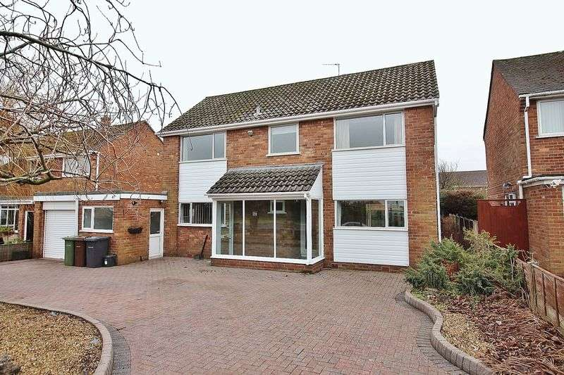 4 Bedrooms Detached House for sale in Kenilworth Road, Ainsdale