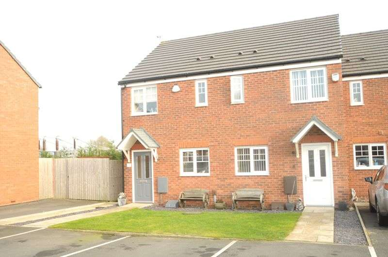 2 Bedrooms House for sale in Edale Close, Warrington
