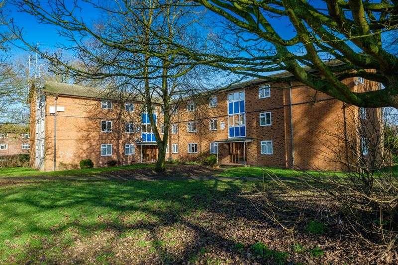 1 Bedroom Flat for sale in Fieldhead Place, Tettenhall, Wolverhampton