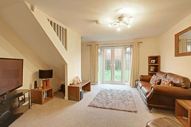 3 Bedrooms Semi Detached House for sale in Barnard Park, Kingswood