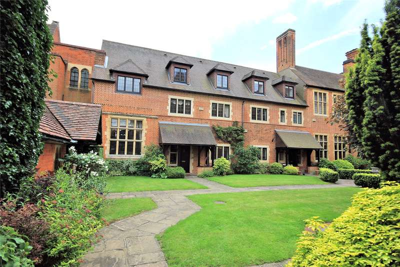5 Bedrooms House for sale in Oldfield Wood, Woking, Surrey, GU22