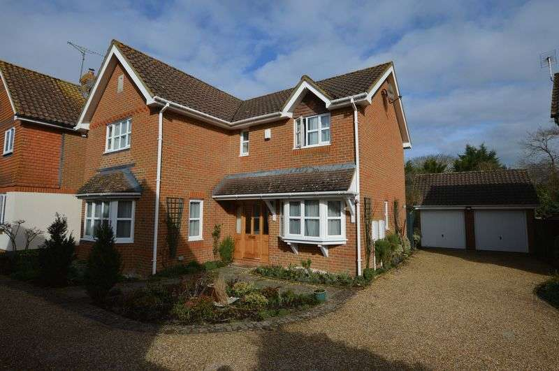 4 Bedrooms Detached House for sale in Rakemakers, Holybourne, Alton, Hampshire