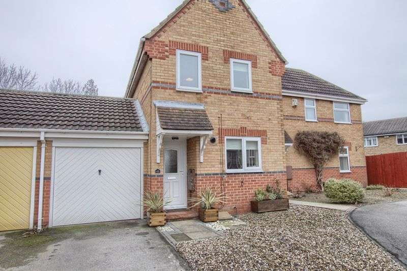 2 Bedrooms Semi Detached House for sale in Ickworth Court, Ingleby Barwick