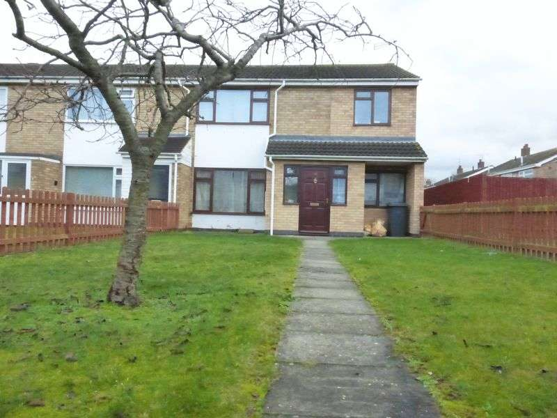4 Bedrooms Terraced House for sale in TO LET