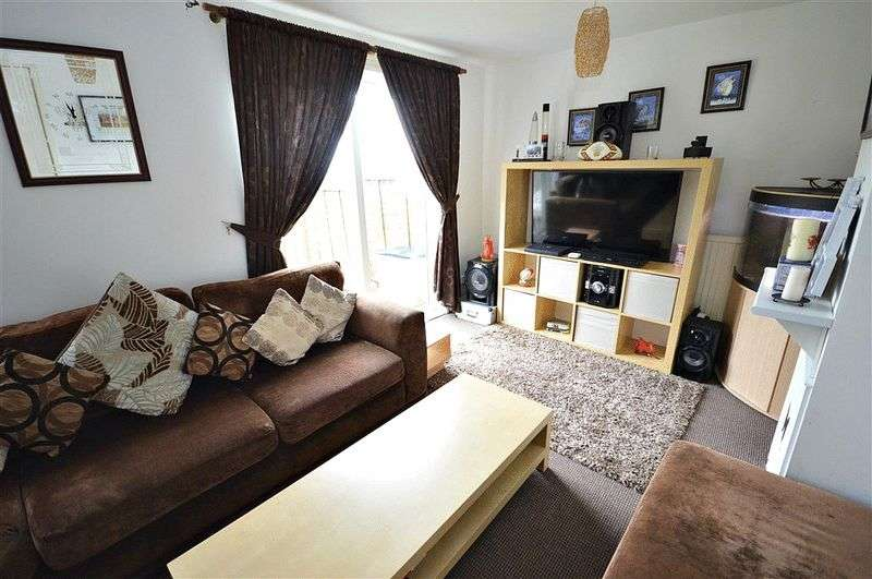 2 Bedrooms Terraced House for sale in Thornhill Cwmbran