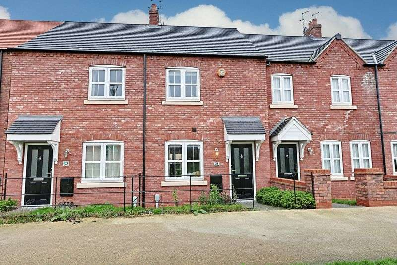2 Bedrooms Terraced House for sale in Village Green Way, Kingswood