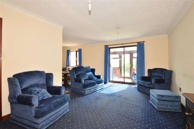 2 Bedrooms Bungalow for sale in Dalewood Road, Fareham, Hampshire