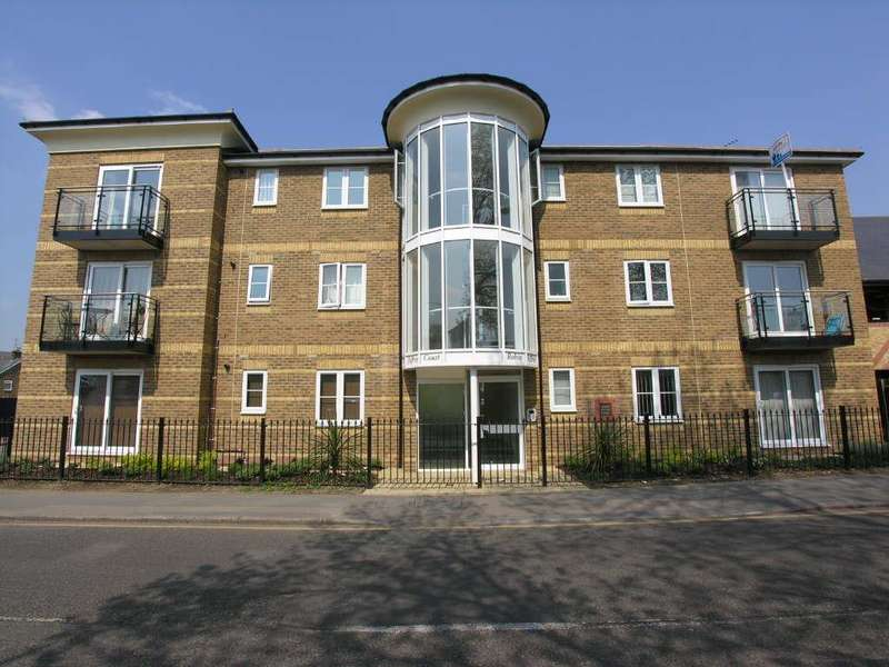 2 Bedrooms Flat for sale in South Street