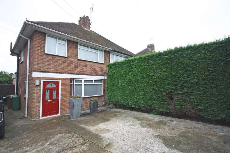 3 Bedrooms Semi Detached House for sale in Prices Lane, Reigate RH2